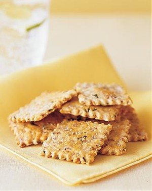 Flaxseed and Onion Crackers