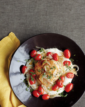 chicken-parmesan-grits-tomatoes-med107484.jpg