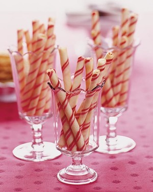Candy-Stripe Cookie Sticks