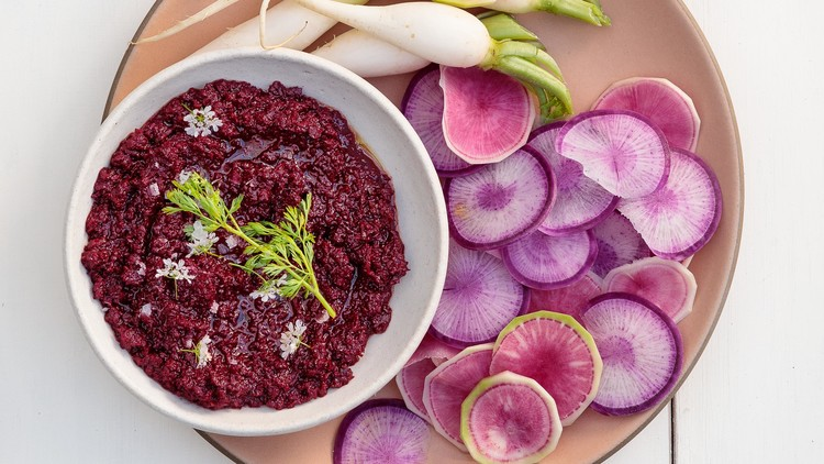 beet muhammara in bowl