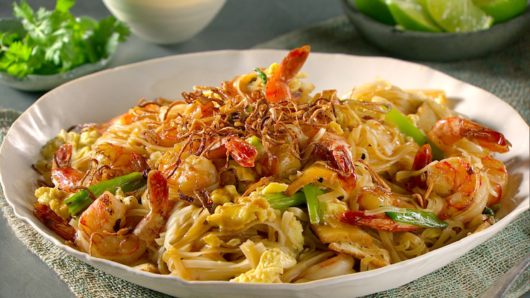 Spicy Shrimp and Tofu Pad Thai
