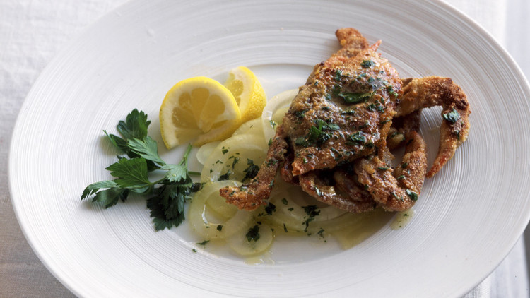 Soft-Shell Crabs with Sliced Sweet Onion