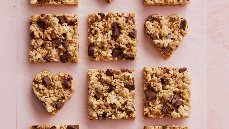 smores bars in heart and square shapes
