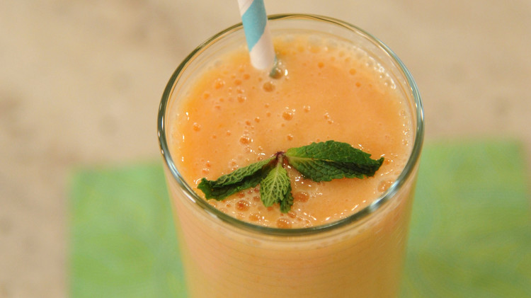 anticancer-smoothie-mslb7125.jpg