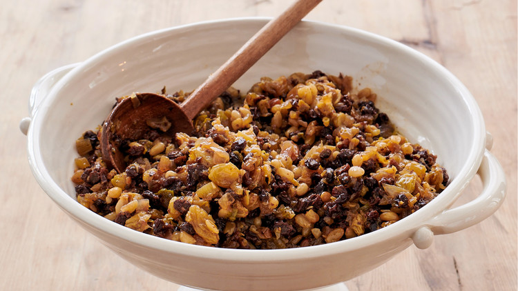 currant-and-pine-nut relish