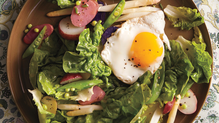 Butter-Lettuce Salad with Egg and Potatoes