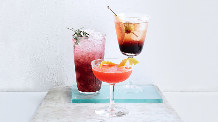 mirto and tonic cocktail