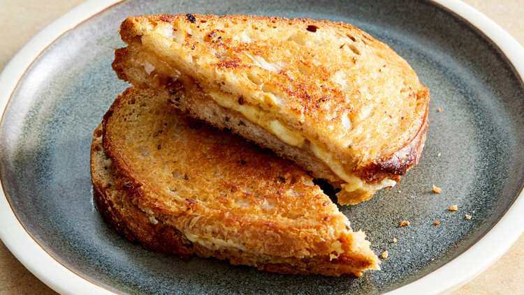 close up plated grilled cheese