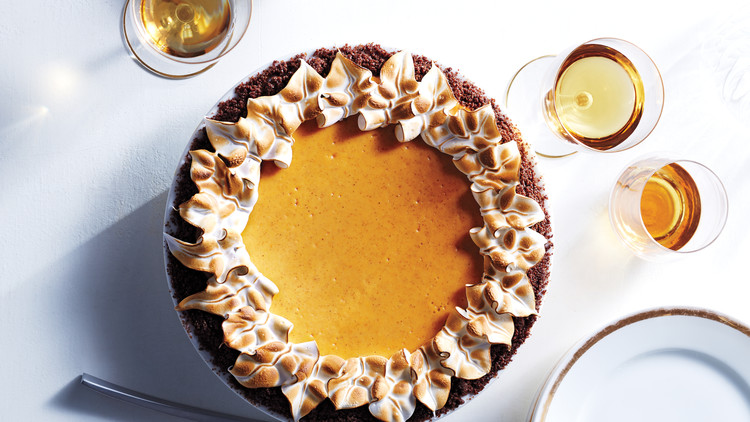 Pumpkin-Cheesecake Pie with Gingersnap Crust