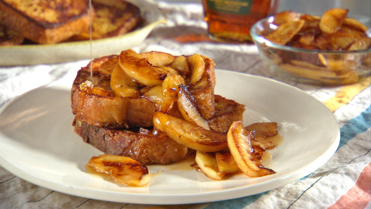 mh_1106_apple_maple_french_toast.jpg