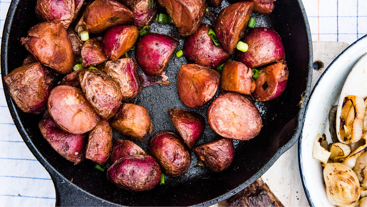 Skillet Paprika Potatoes