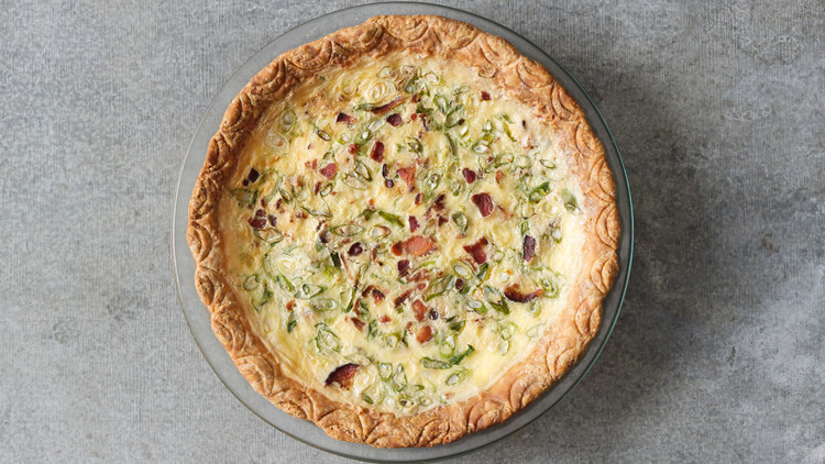 bacon-scallion-quiche-01-ld110959-0414.jpg