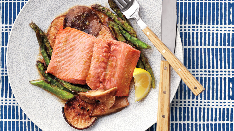 Broiled Salmon with Asparagus and Shiitake Mushrooms