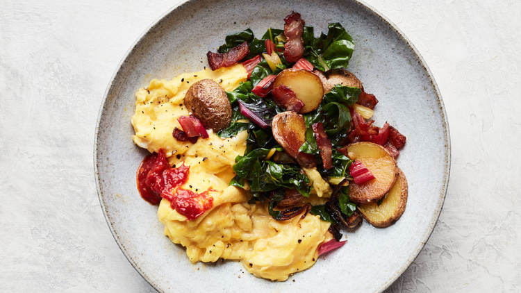 Bacon, Potato, and Swiss Chard Scramble