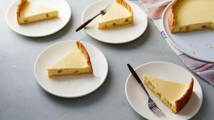 slices of cheesecake on plates