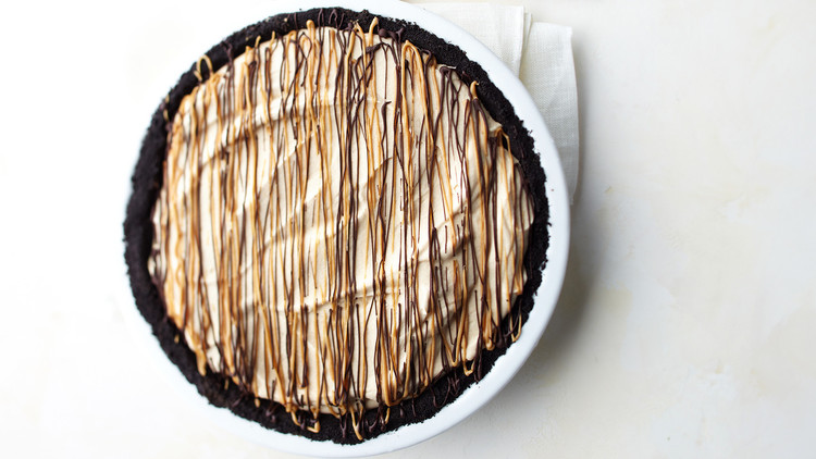 chocolate peanut butter pie round