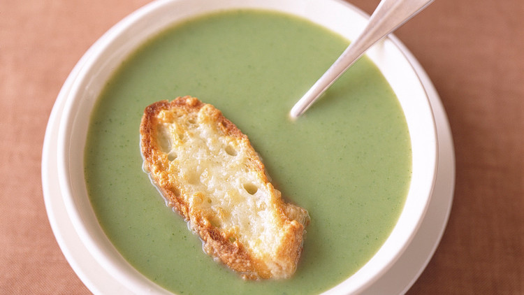 Broccoli Soup with Cheddar Toasts