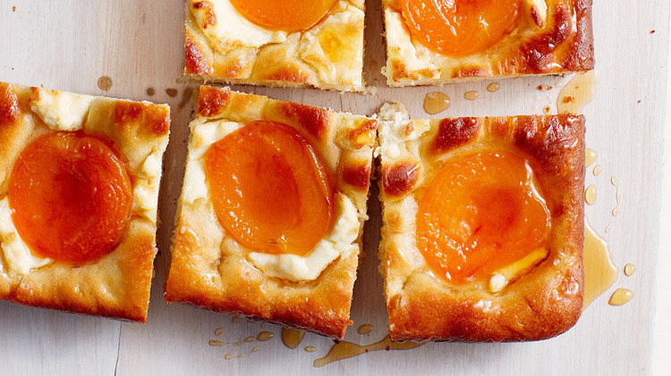 Apricot-and-Cream Cheese Squares
