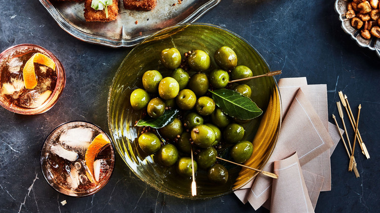 warm olives with cracked coriander