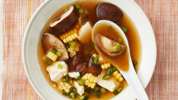 Chinese Corn-and-Mushroom Soup