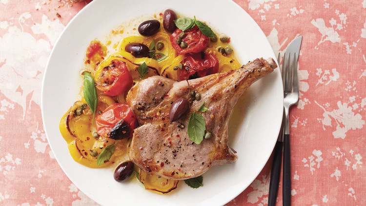 Broiled Pork Chops With Yellow-Pepper Puttanesca
