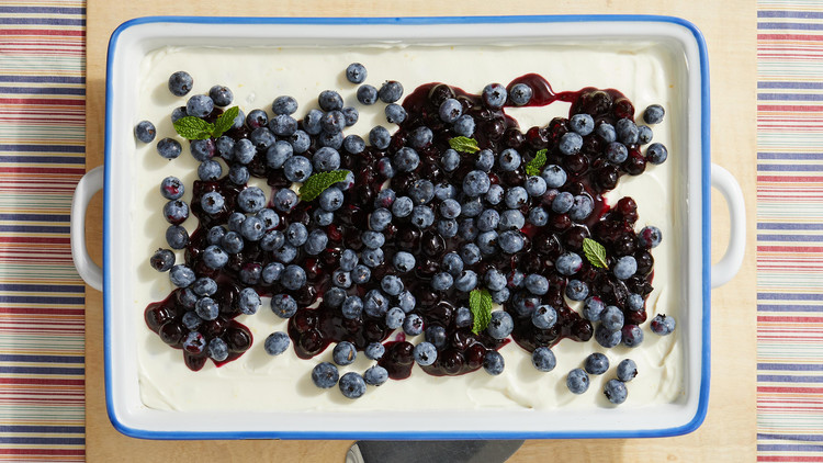 No-Bake Blueberry Cheesecake for a Crowd
