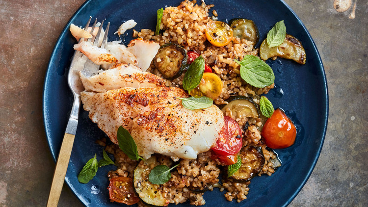 braised cod and bulgur with zucchini and tomatoes