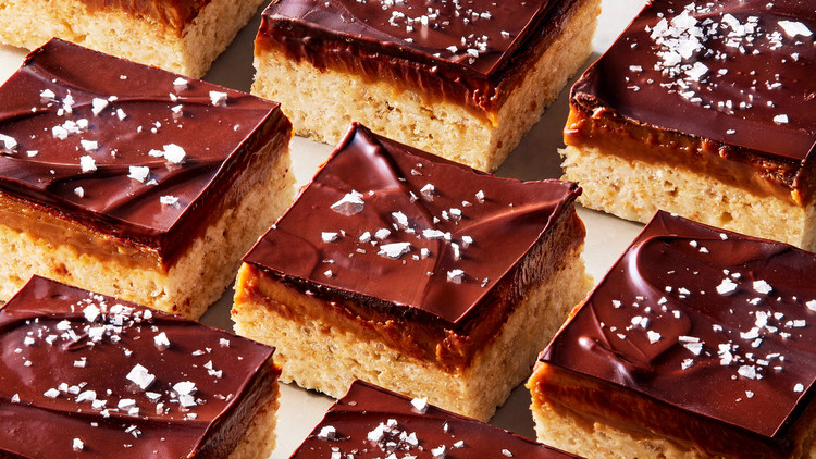 chocolate-peanut-butter-caramel cereal bars topped with flaky sea salt