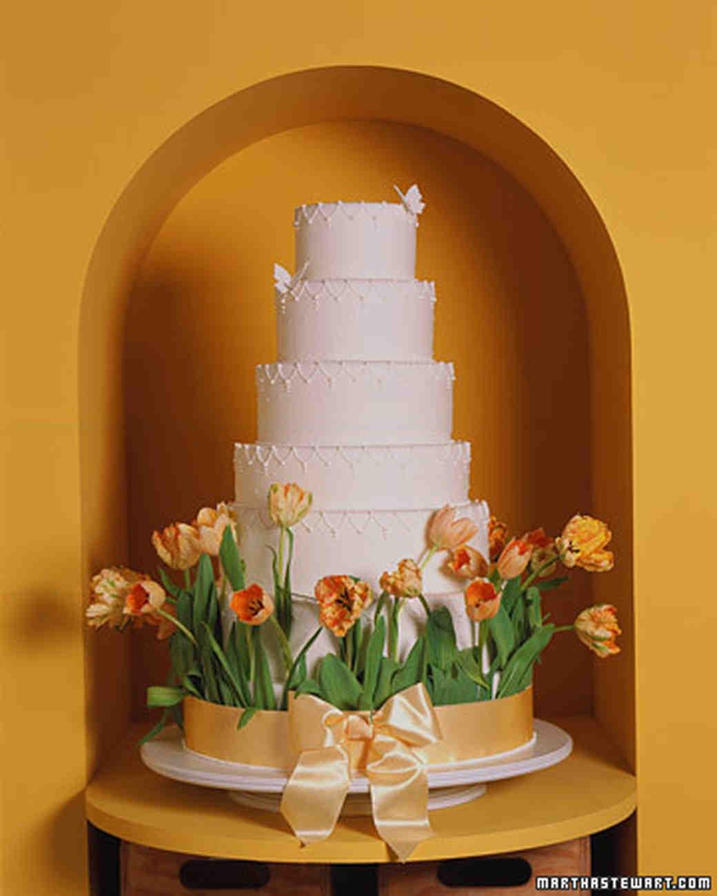 Royal Icing for Tulip Wedding Cake