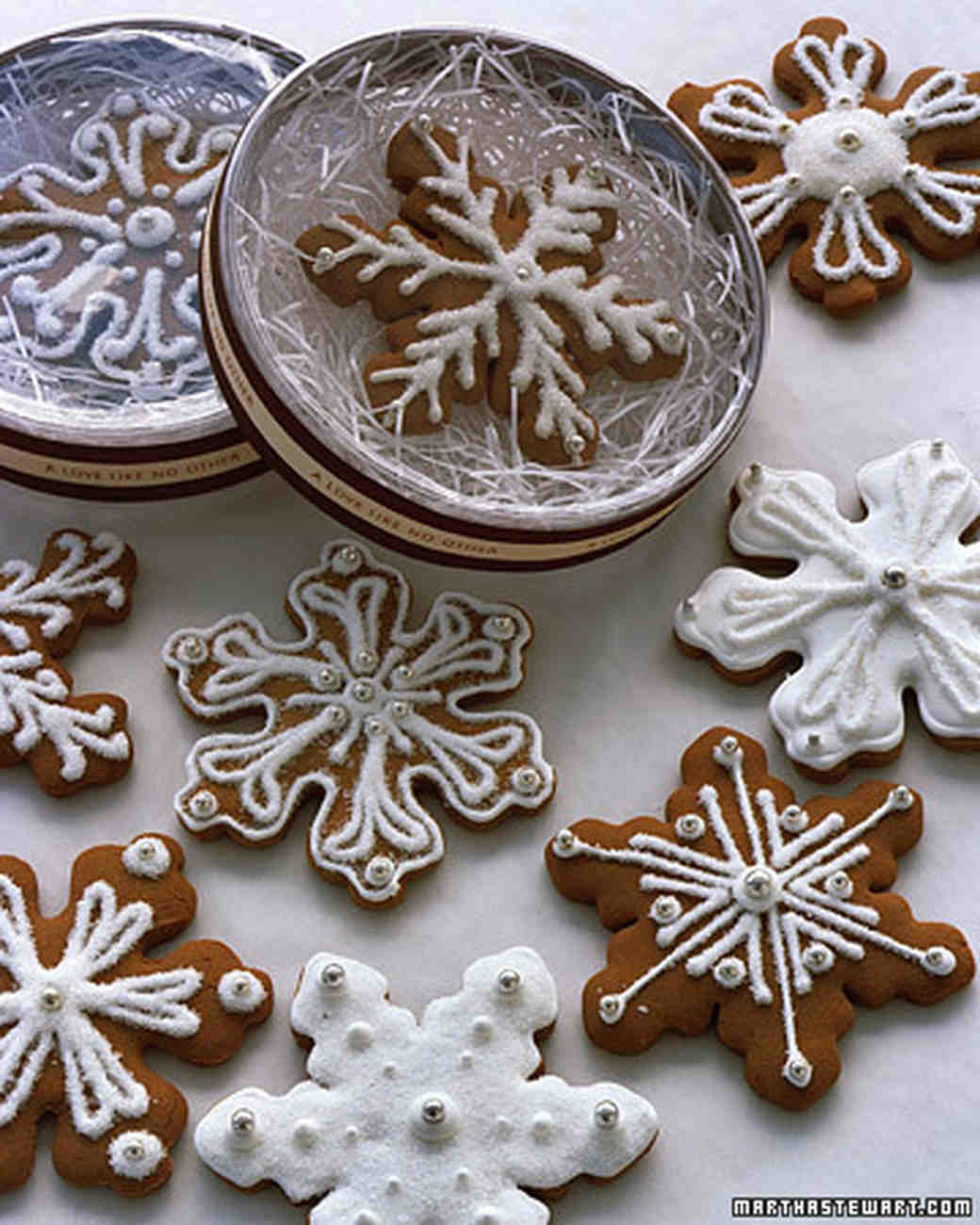 Royal Icing for Snowflake Cookies
