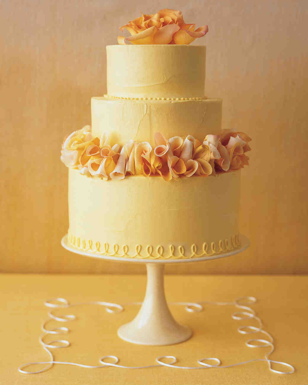 White Butter Cake for Rose-Petal Wedding Cake