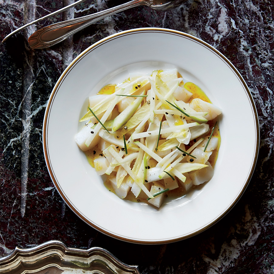 Scallop Tartare with Green Apple-Endive Salad