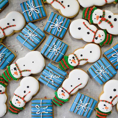 The Secret You May Be Missing For Gorgeously Iced Christmas Cookies