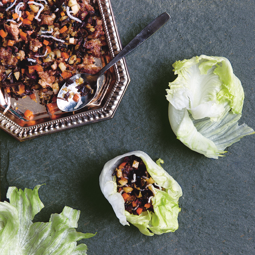 Lettuce Wraps with Dried Oysters