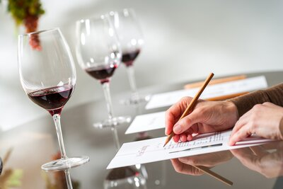 How To Become A Sommelier Here S The Training And