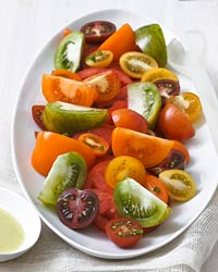 201007-r-mixed-tomato-salad.jpg