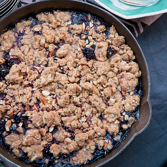 HD-201404-r-whole-grain-cherry-crumble.jpg