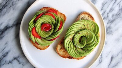 How to Make Avocado Roses: The Hottest Thing to Hit