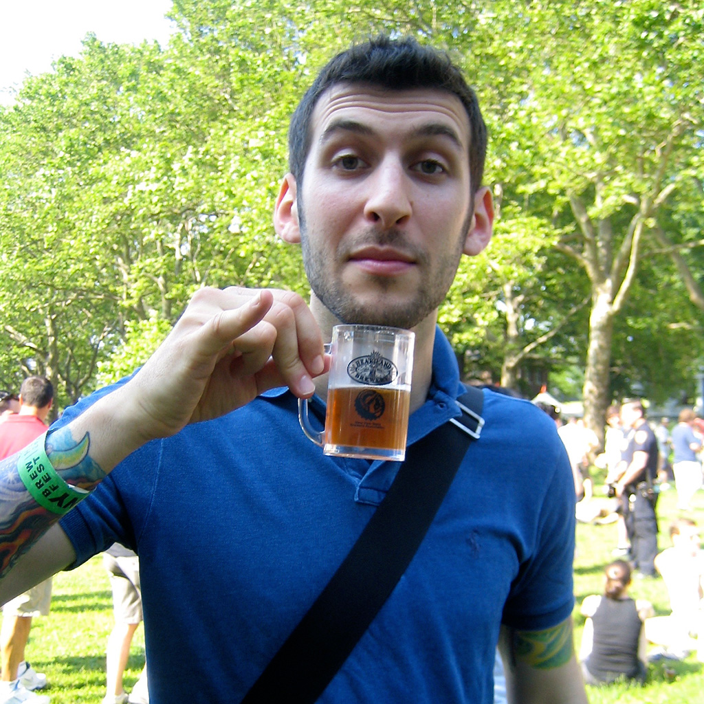 Comedian and beer geek Ethan Fixell