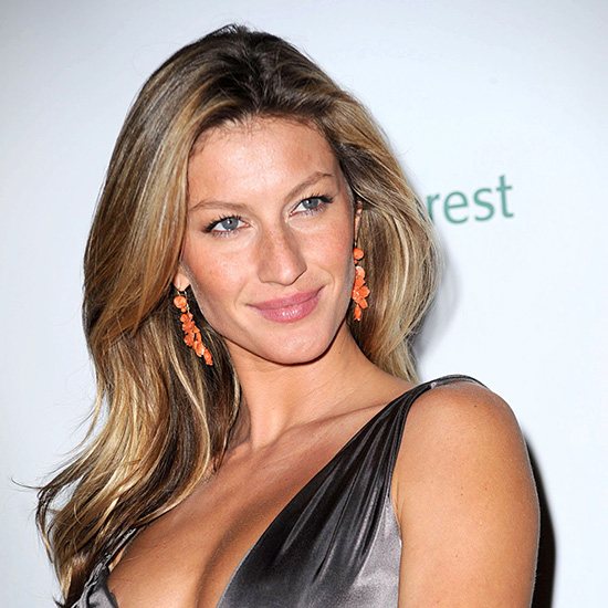 Gisele Bündchen's Recipe for Healthy Chocolate Mousse