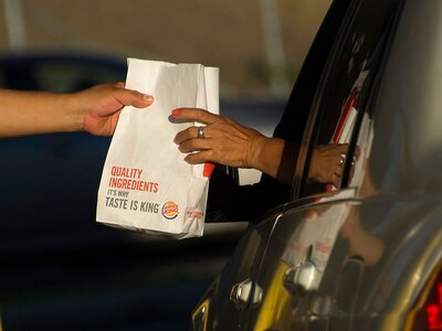 Burger King Wants to Deliver to Cars Stuck in L A  Traffic