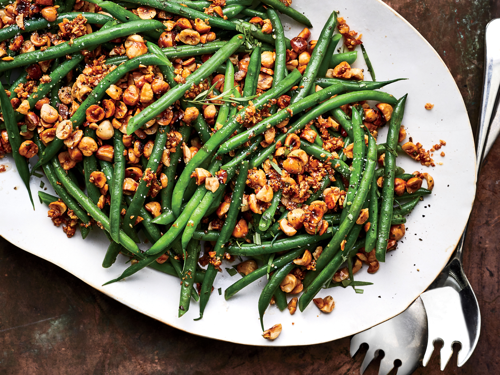 Garlicky Haricots Verts with Hazelnuts Recipe