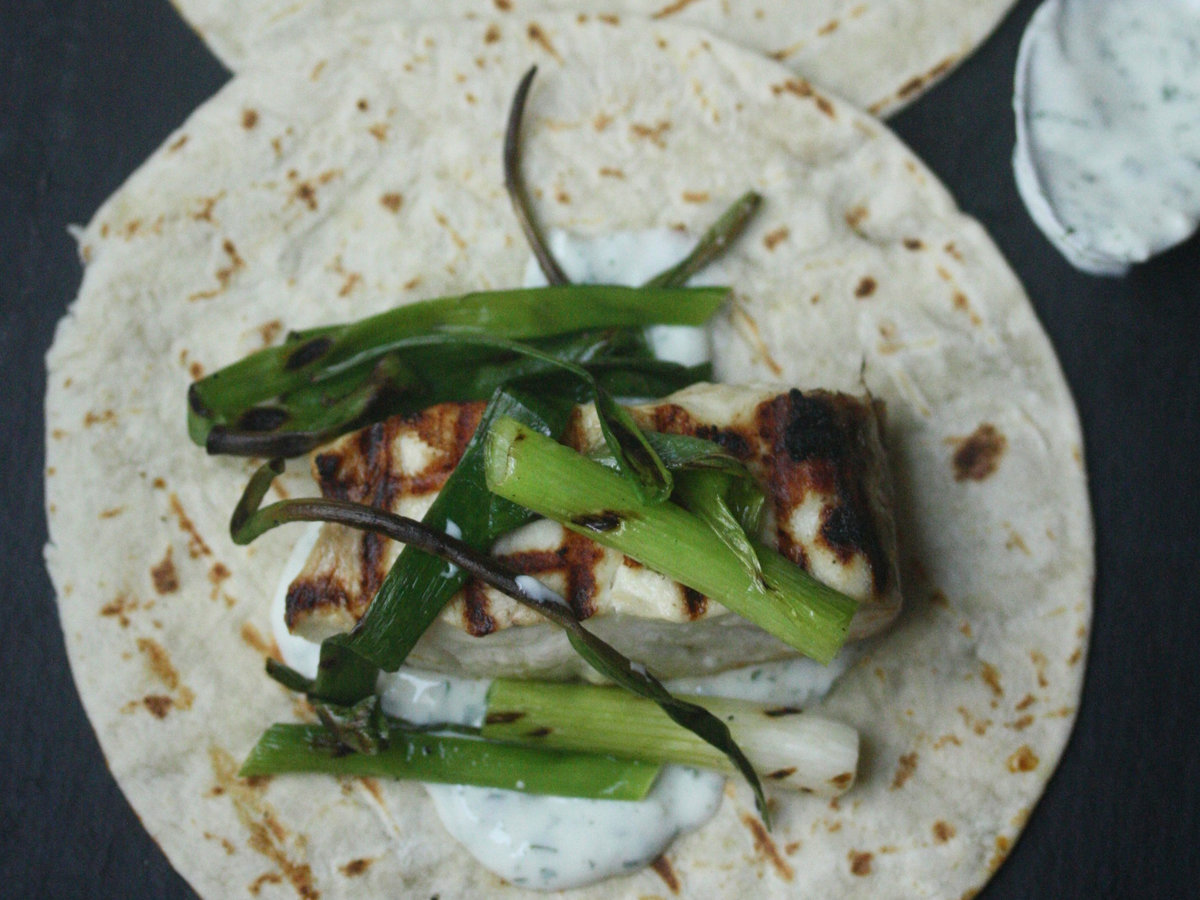 original-201310-r-grilled-fish-tacos-with-scallions-and-cilantro-crema.jpg