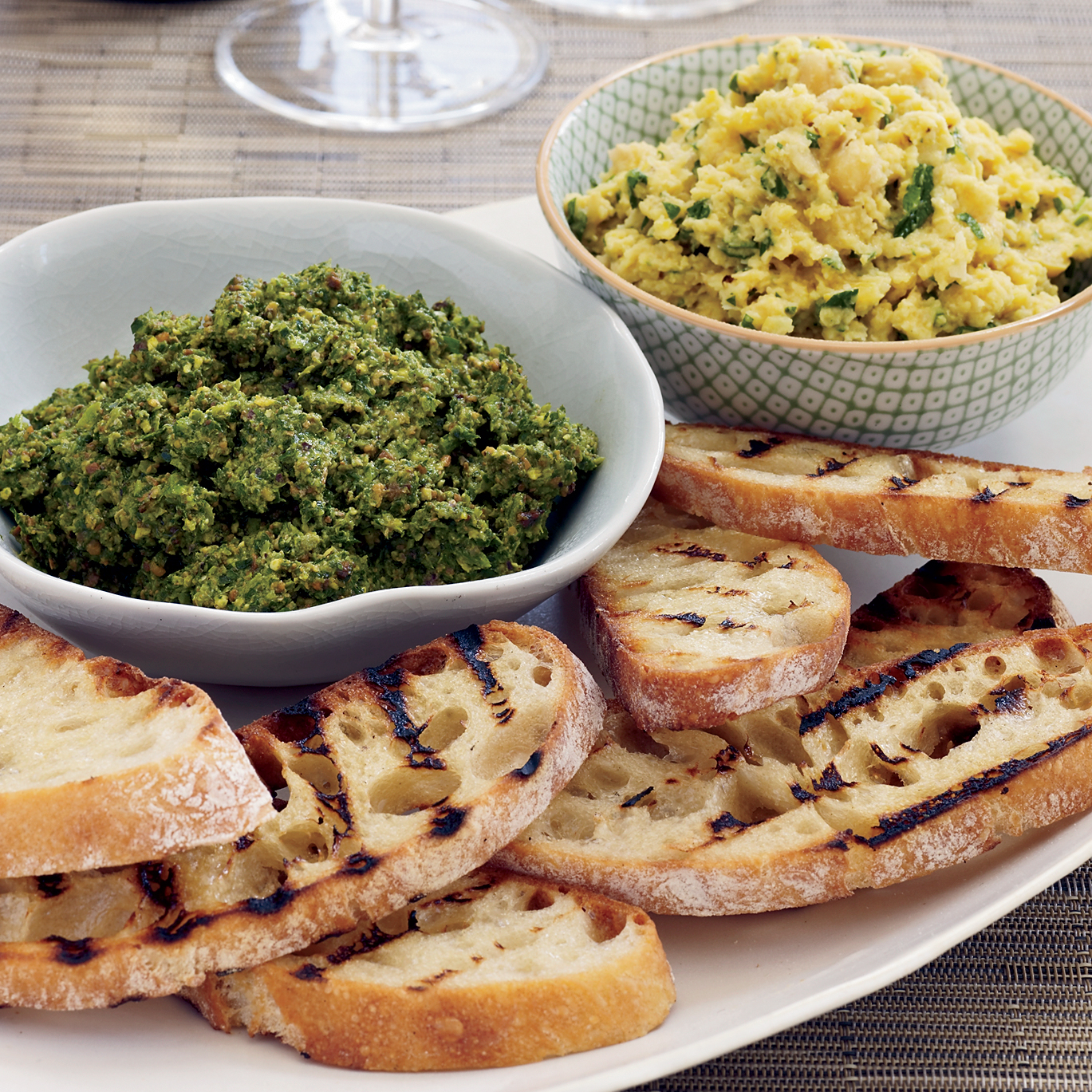 recipe-200810-r-lemony-chickpea-pesto.jpg