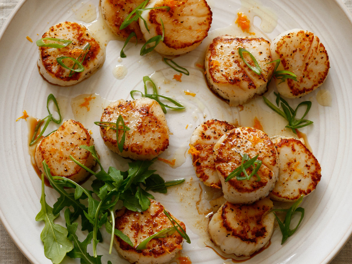 original-201401-r-seared-scallops-with-orange-and-vermouth.jpg