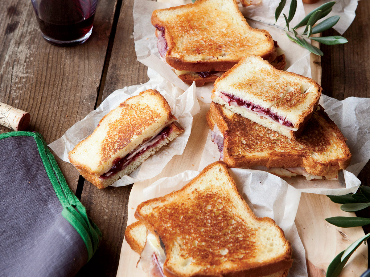 201004-r-grilled-ham-and-cheese.jpg
