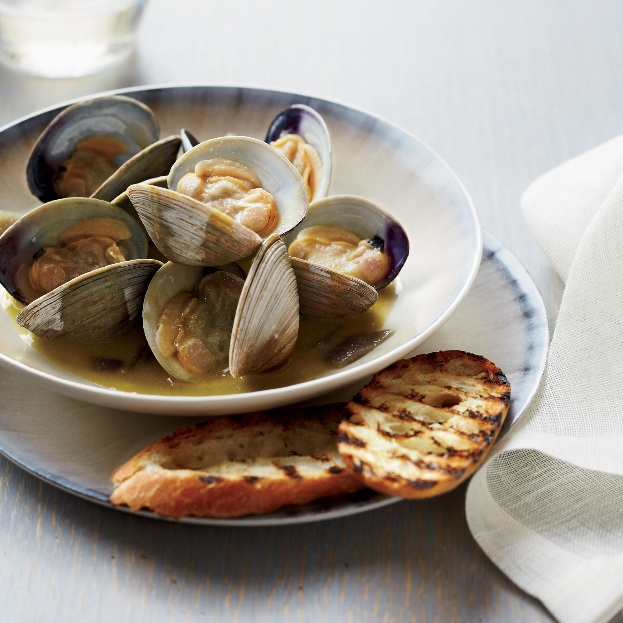 201007-r-foie-gras-clams.jpg