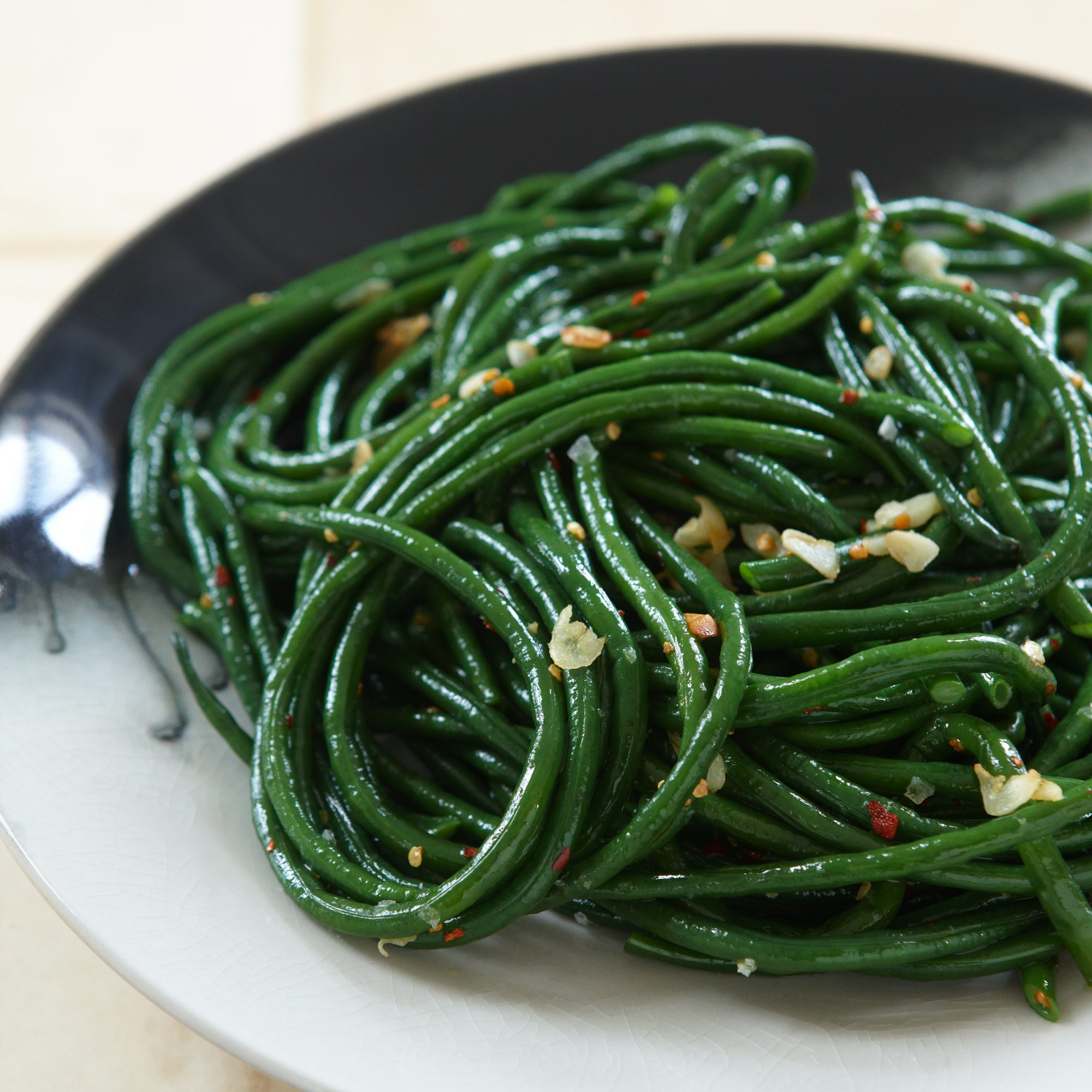 201012-r-gingered-green-beans2.jpg