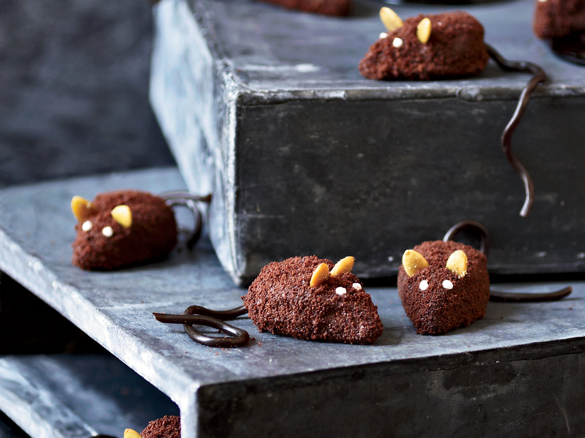 201110-r-chocolate-mice.jpg