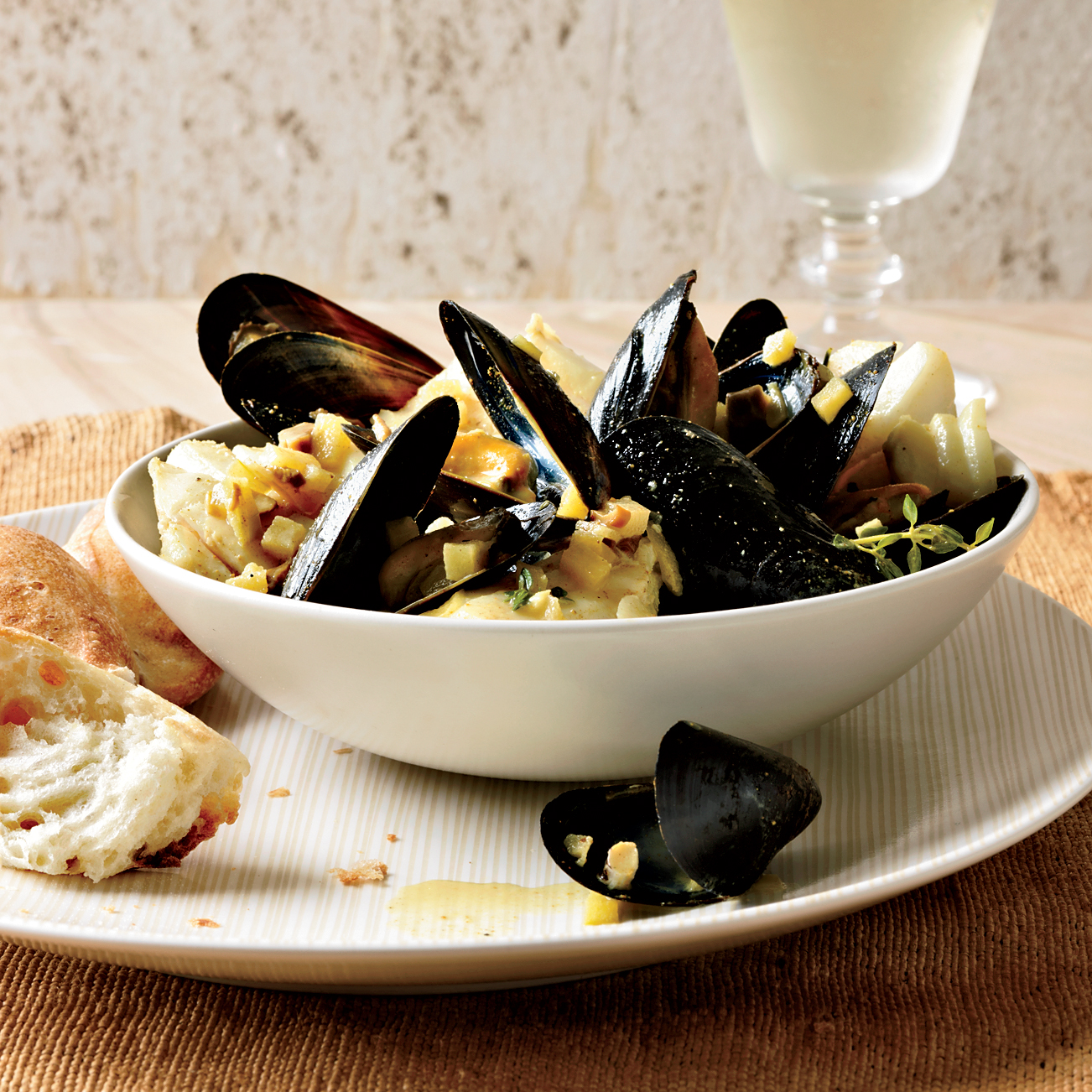 201110-r-curried-cod-and-mussels.jpg
